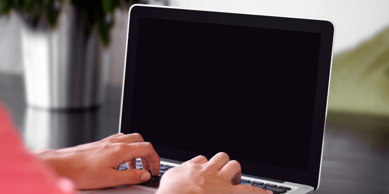 How to Fix It When MacBook Screen Goes Black and Unresponsive