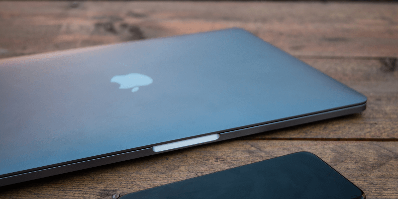 sports shoes 2c2de b4d25 The Best Hardshell Cases for MacBook Pro (4 Great Choices in 2019)